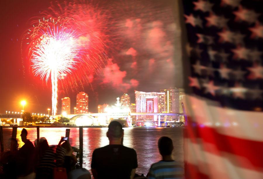 july-4th-fireworks-miami