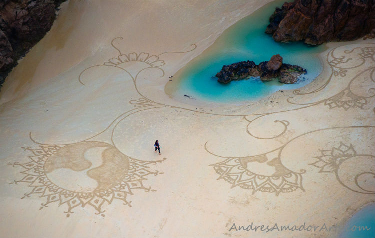 andres-amador-sand-art-tangents-13