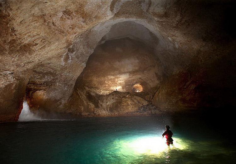 krubera-cave-05