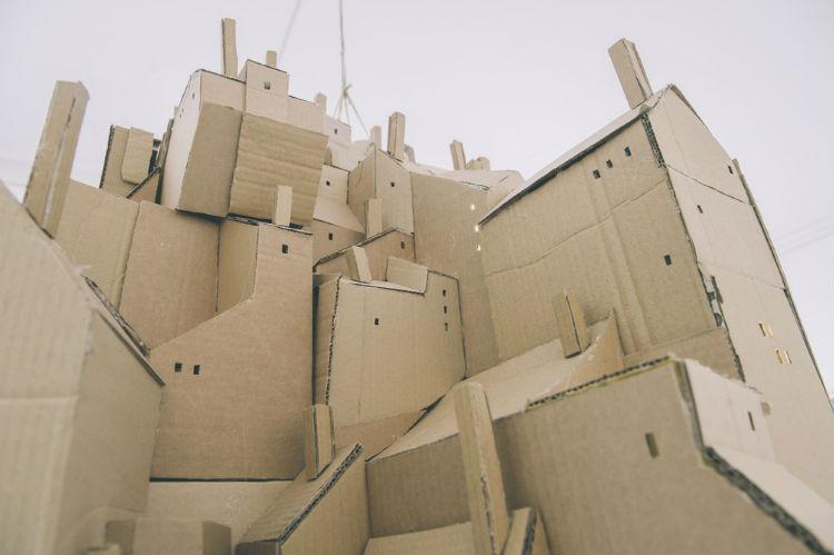 nina-lindgren-floating-city-cardboard-10