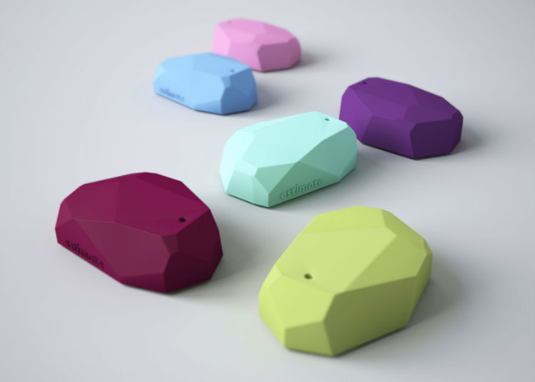 estimote-sticker-beacon-03