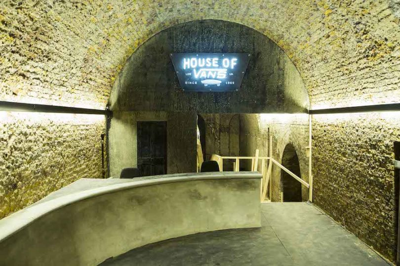 house_of_vans_london_skateboard_hangout_ramp_01