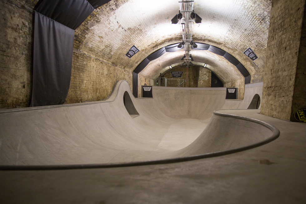 house_of_vans_london_skateboard_hangout_ramp_03