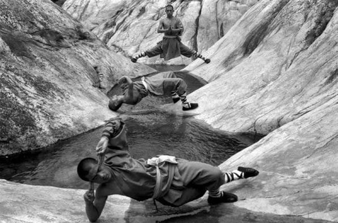 shaolin-monks-tomasz-gudzowaty-09
