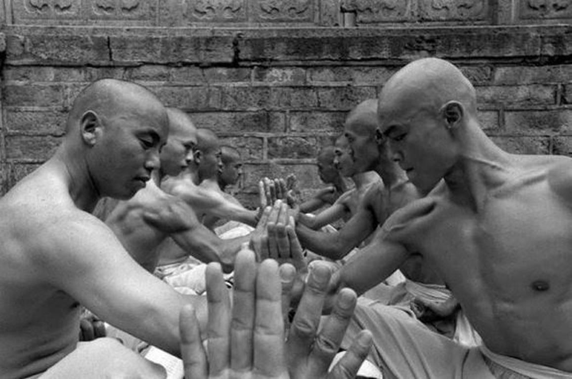shaolin-monks-tomasz-gudzowaty-10