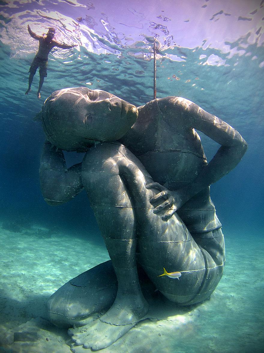 ocean-atlas-jason-decaires-taylor-01