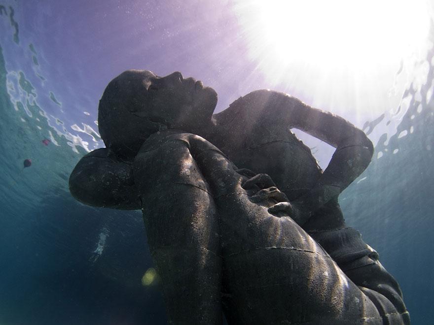 ocean-atlas-jason-decaires-taylor-03