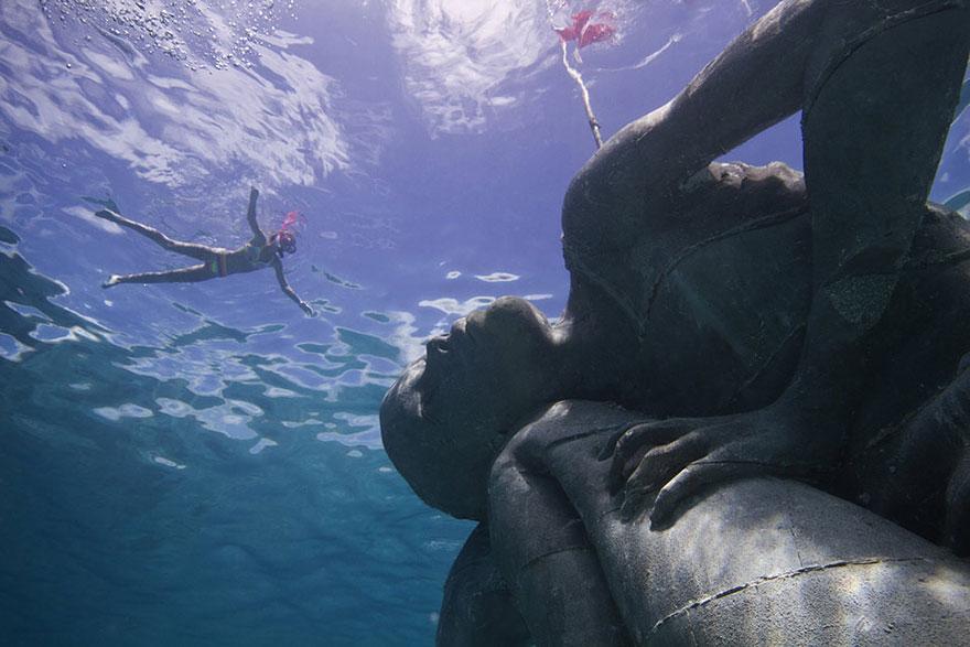 ocean-atlas-jason-decaires-taylor-05
