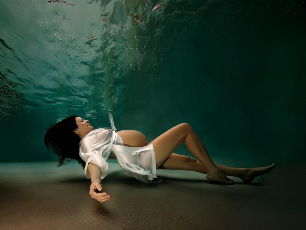 underwater-moms-adam-opris-03