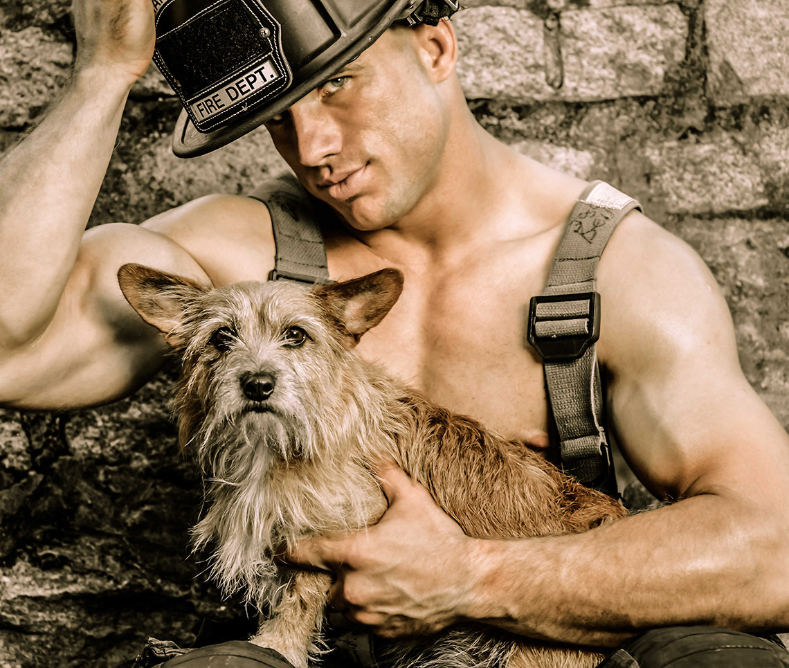 2015-firefighters-puppies-calendar-01
