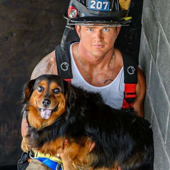 2015-firefighters-puppies-calendar-08
