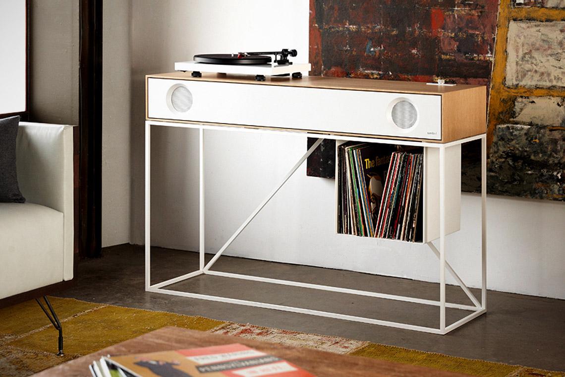 symbol-stereo-console