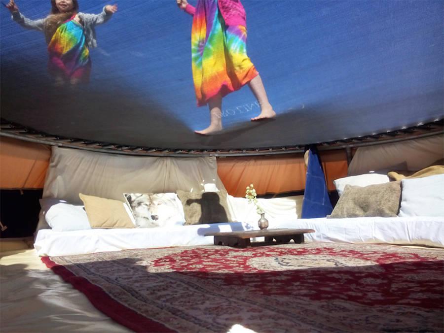 urban_campsite_airbnb_trampotent_01