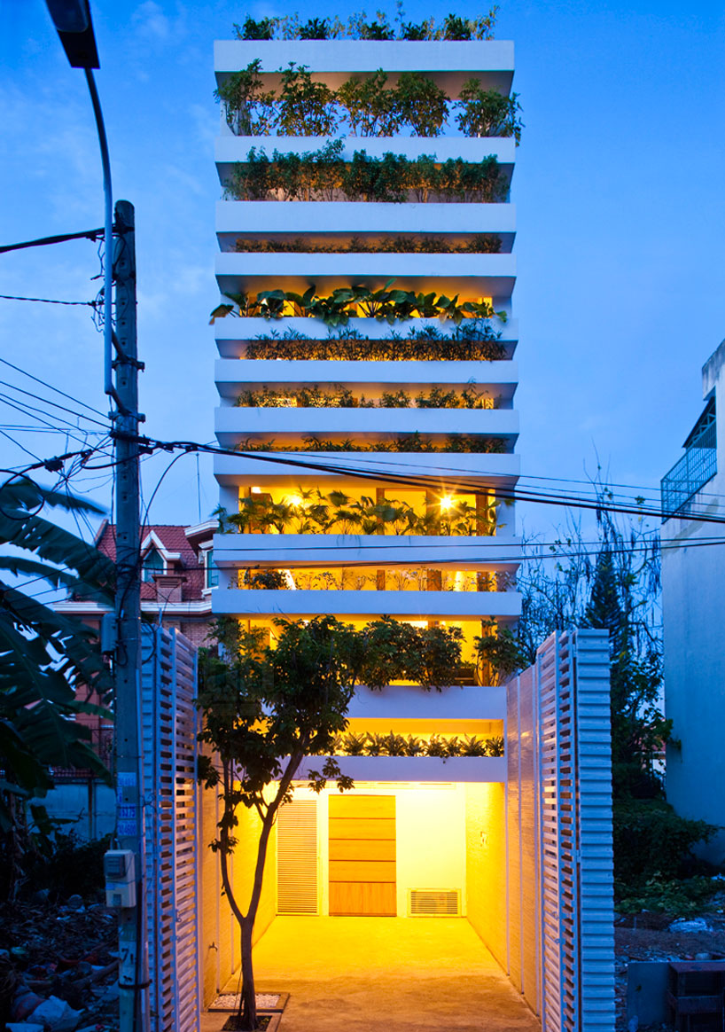 Vo_Trong_Nghia_Architects_Stacking_Green_10