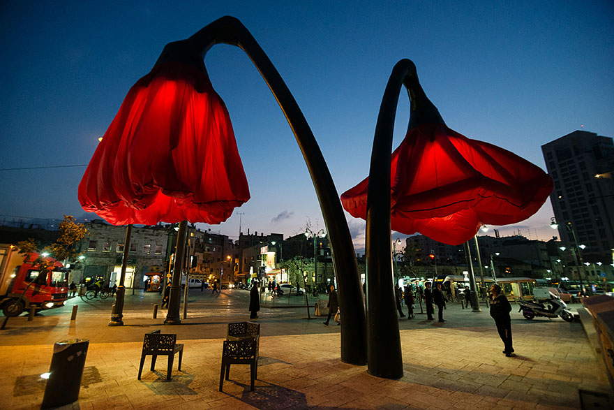inflating-flowers-warde-hq-architects-jerusalem-06