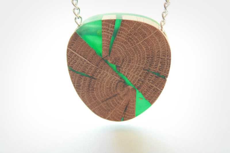 Britta_Boeckmann_BoldB_resin_wood_jewelry_12