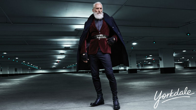 paul_mason_fashion_santa_yorkdale_mall_09