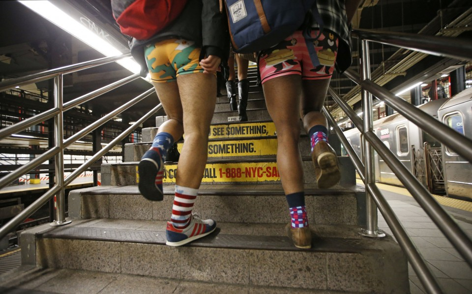 no_pants_day_nyc_2016_03