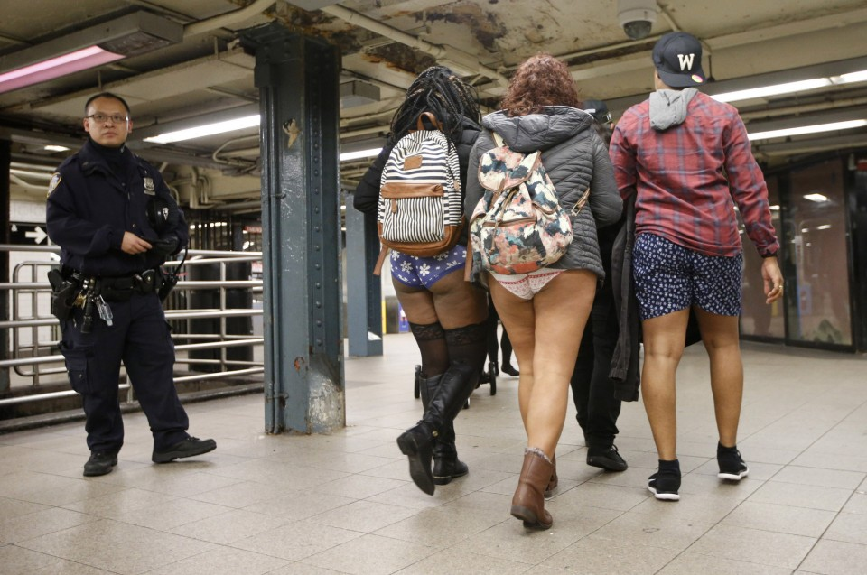 no_pants_day_nyc_2016_06