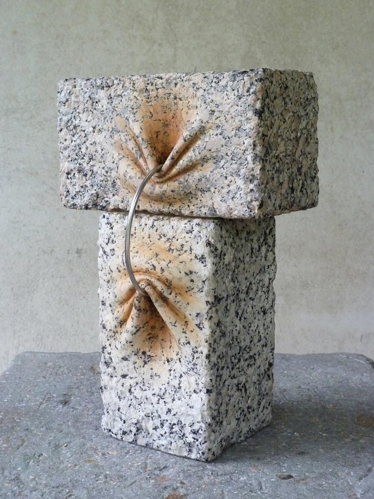 Jose-Manuel-Castro-Lopez-rock-sculpture-02
