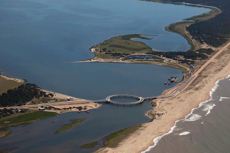 circular-bridge-uruguay-rafael-vinoly-05