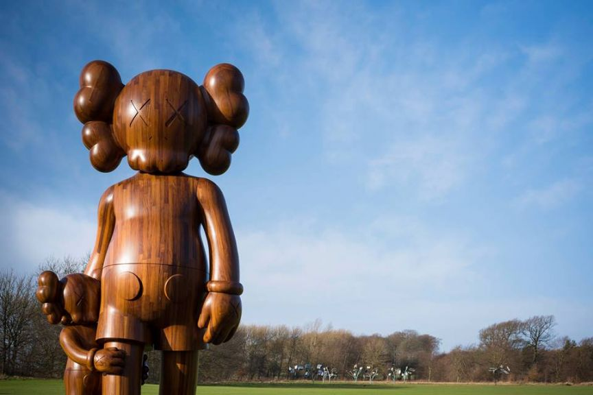kaws_yorkshire_sculpture_park_06