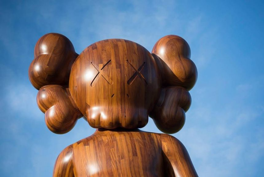 kaws_yorkshire_sculpture_park_07