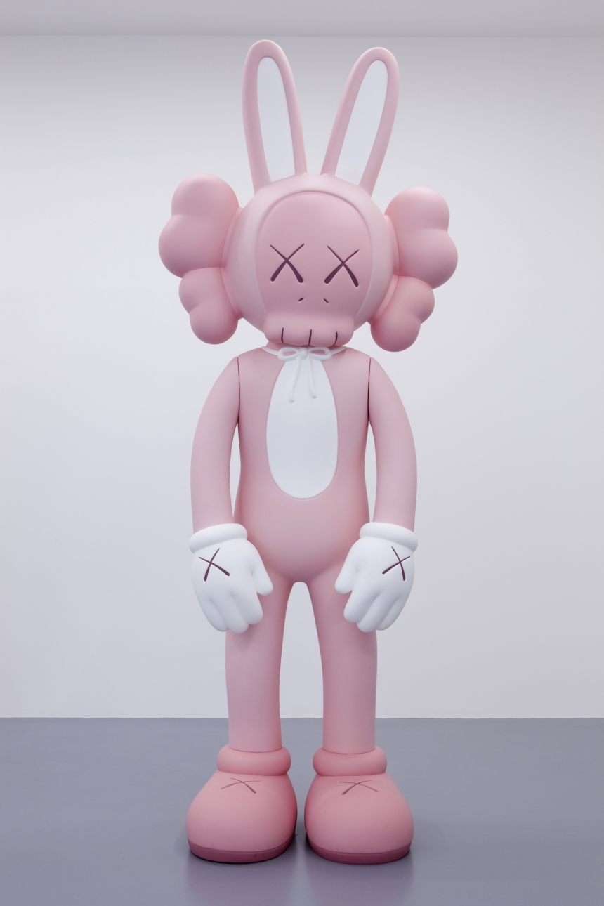 kaws_yorkshire_sculpture_park_08