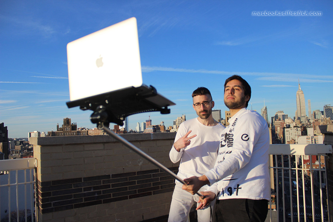 mac-book-selfie-stick-27