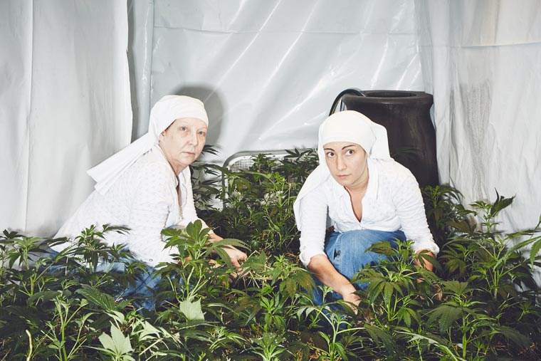 Sisters-of-the-Valley-Shaughn-Crawford-John-DuBois-cannabis-medical-marijuana-05