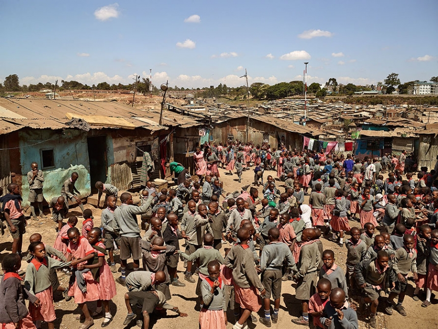 playgrounds_around_the_world_Nairobi_kenya_james_mollison