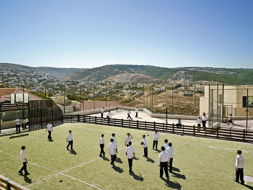 playgrounds_around_the_world_WestBank_james_mollison