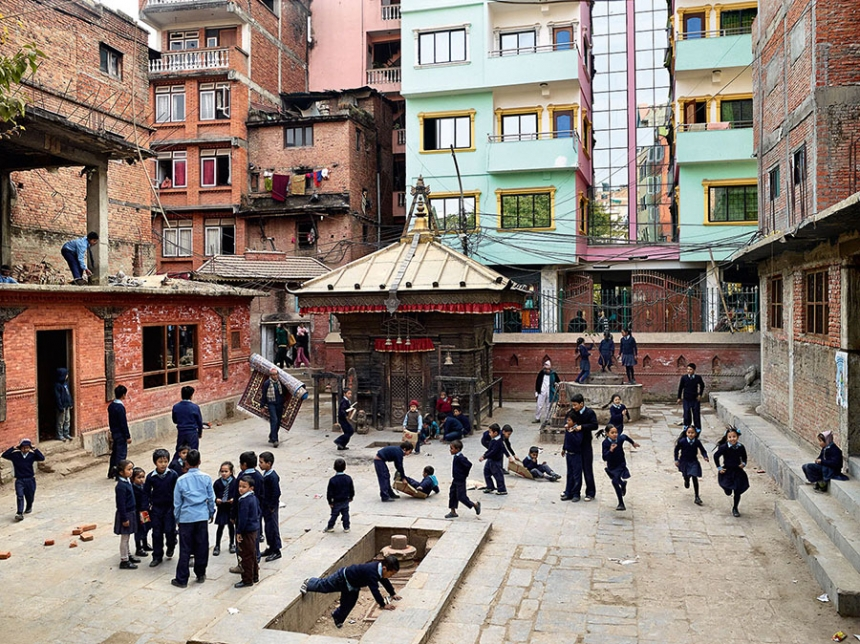 playgrounds_around_the_world_kathmandu_nepal_james_mollison