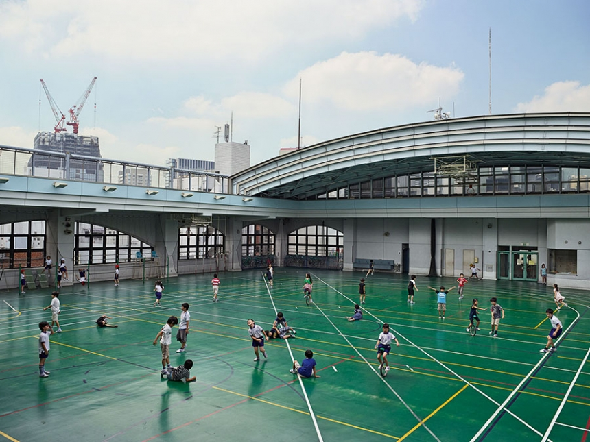 playgrounds_around_the_world_tokyo_james_mollison_01