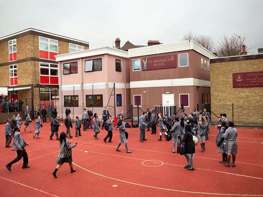 playgrounds_around_the_world_winchester_London_UK_james_mollison