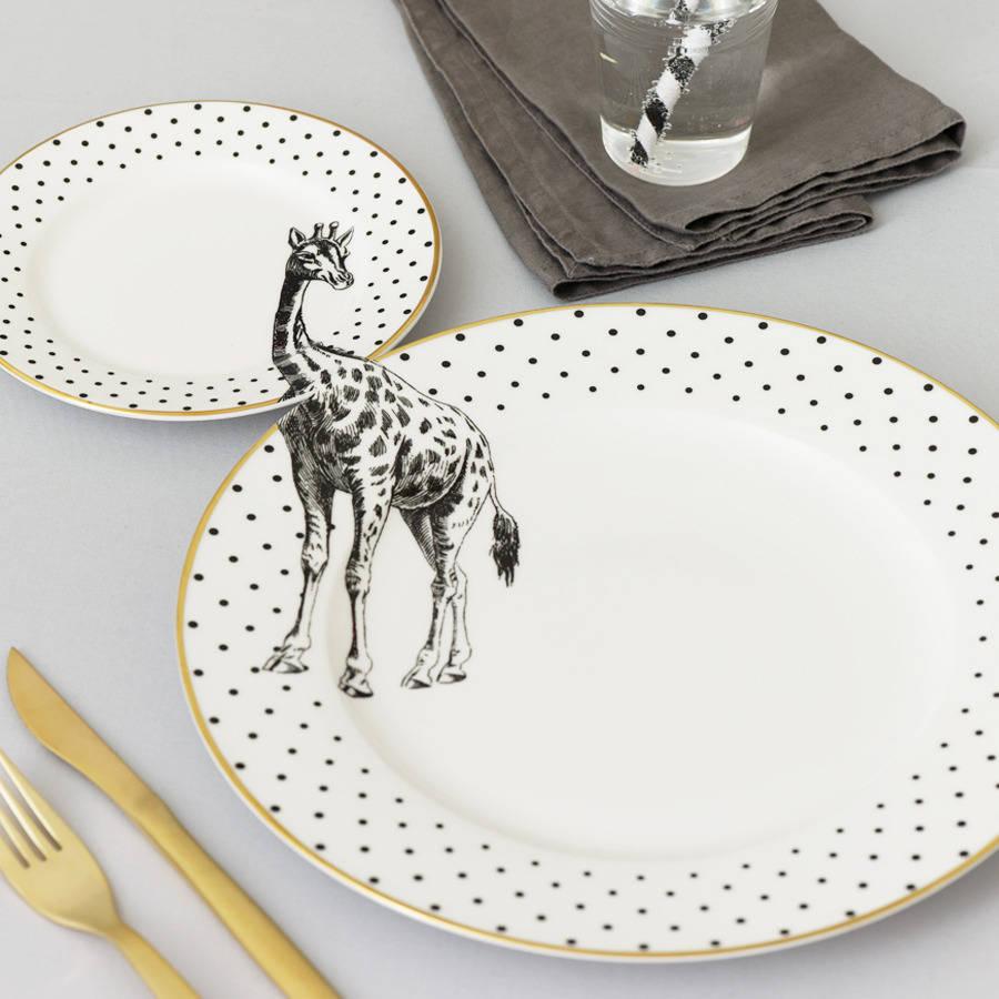 yvonne_ellen_plates_giraffe