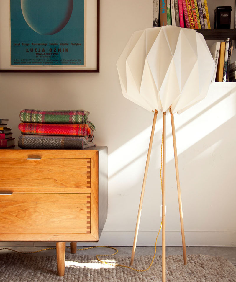 Kasia_Ozmin_Lindsay_Richardson_lampo_origami_lamp_08