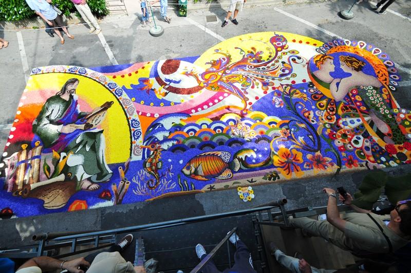 infiorata-festival-flower-italy-12