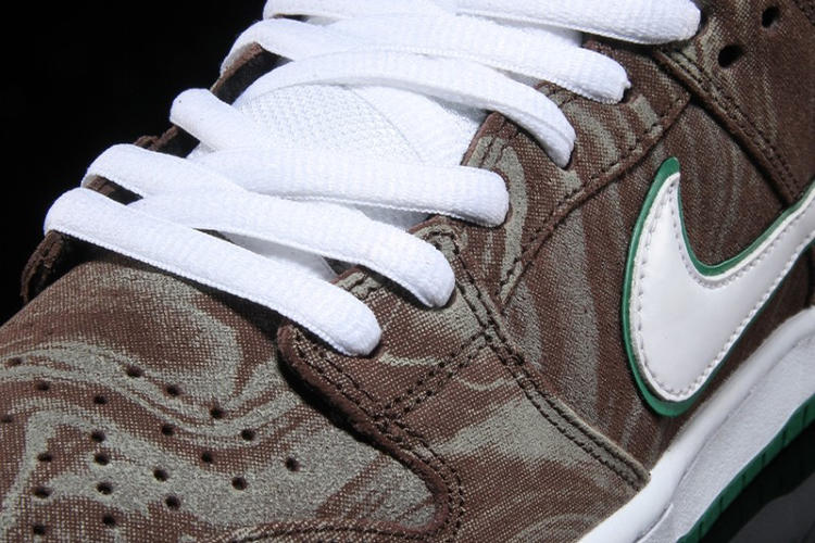 nike-starbucks-coffee-themed-sneakers_04