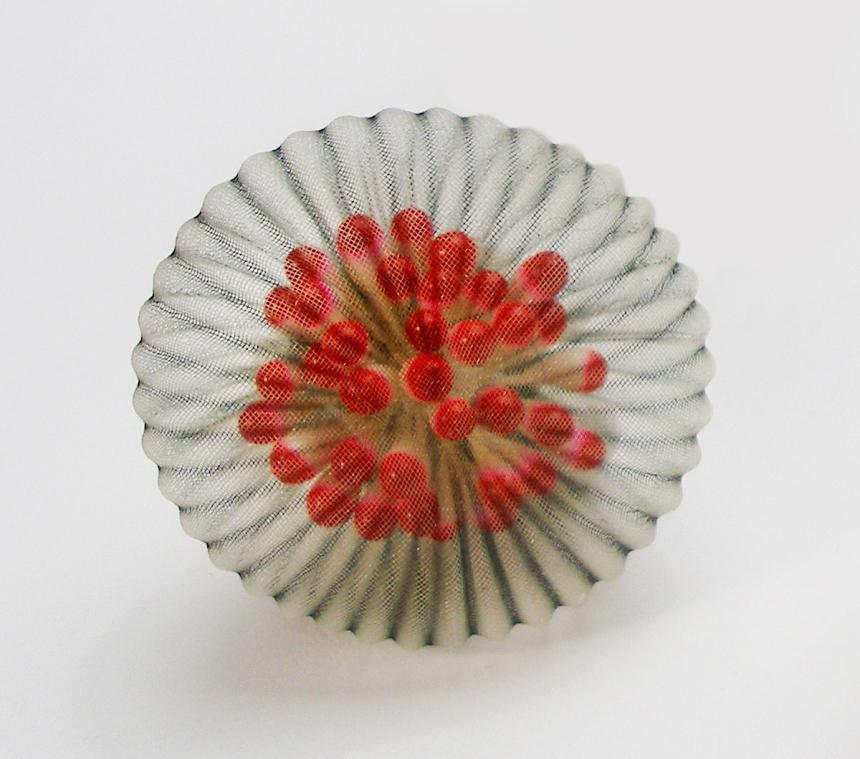 mariko-kusumoto-fiber-art-jewelry-07