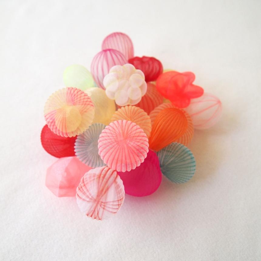 mariko-kusumoto-fiber-art-jewelry-10