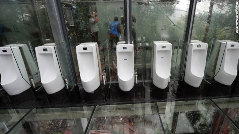 china-hunan-glass-toilet-exlarge-shiyan-lake-ecology-park-04