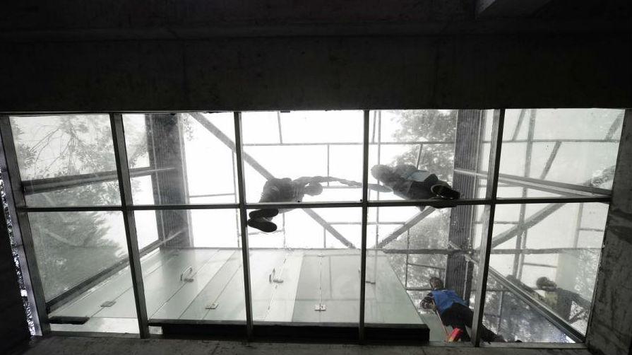 china-hunan-glass-toilet-exlarge-shiyan-lake-ecology-park-05
